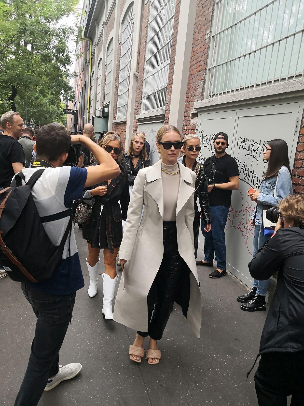 Fendi_Milan-Fashion-Week_street-style_spring-2020_september-2019_03